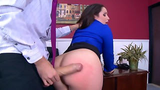 Cock of the manager is able to visit any muff of his worker