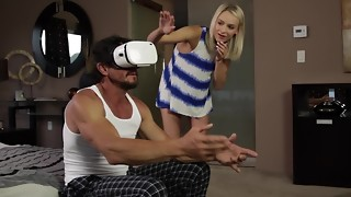 Fantastic platinum-blonde helps macho love virtual reality and hookup
