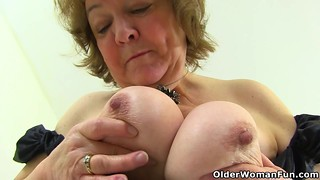 English grandmother Susan is up to no superb in her pantyhose
